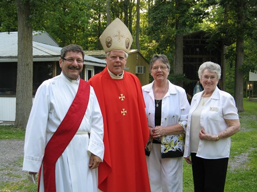 Deacon Goulet, Bishop Bergie, Cathy & Pauline before Mass
